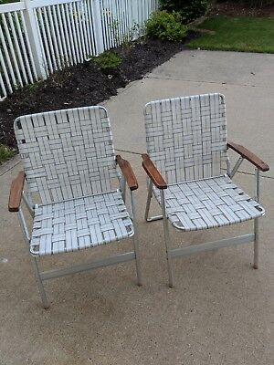 Set Of 2 Vintage Webbed Folding Aluminum Lawn Chairs   Wooden Arm  Rest Neutral