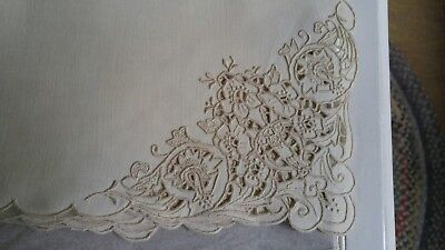 """ANTIQUE SET 12 LINEN IVORY NAPKINS WITH ECRU CUTWORK EMBROIDERY 19"""" x 19"""""""