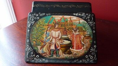 Lovely Russian Decorative Lacquered Box