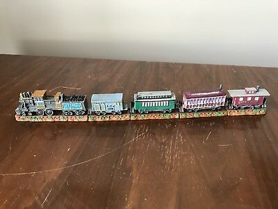 Complete Liberty Falls Express painted pewter / metal train. Locomotive + cars