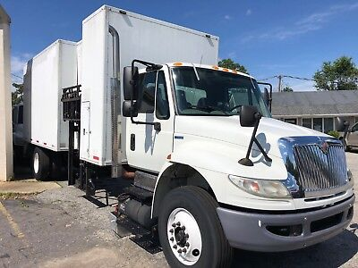 SHREDFAST SL-100 Series Master Vault   Collector & Compactor Truck