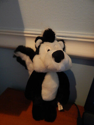 1995 - WB Looney Tunes - Pepe Le Pew - Skunk - Plush Stuffed Toy