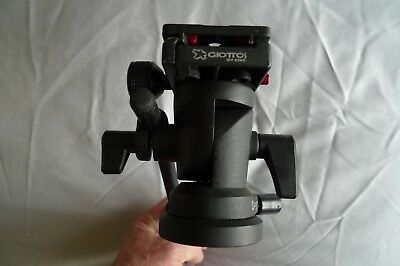 Giottos VH6011 Fluid video tripod head with plate.