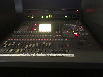 Yamaha 02R Digital Recording Mixing Console Post with road case