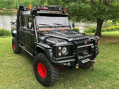1902 Land Rover Defender 130 1993 Land Rover Defender 130