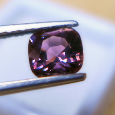 1,30 ct Dunkelvioletter 6.4 x 6.1 mm Tansania Cushion Spinell