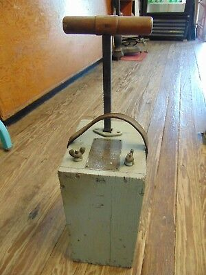 "Early Vintage ""hercules"" Blasting Machine/box....works....tested..............nr"