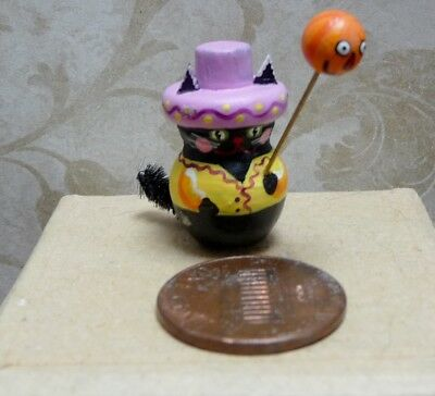 Adorable 1:12 Scale Miniature Karen Markland Cat With Pumpkin Balloon