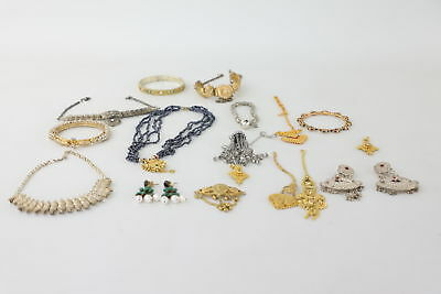 Lot of 16 x Vintage Indian/Eastern Mixed Traditional Styled Jewellery
