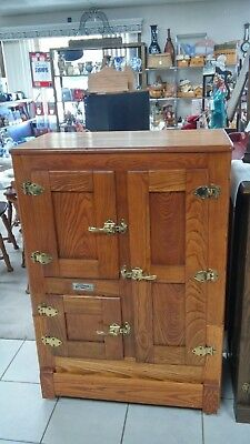 Antique Gibson Cambria Oak Ice Box with 3 Door and Metal Shelves