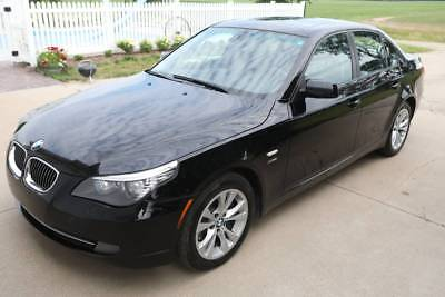 2009 BMW 5-Series 535i xDrive 2009 BMW 535i xDrive w/ cold weather package, convenience key, and contour seats