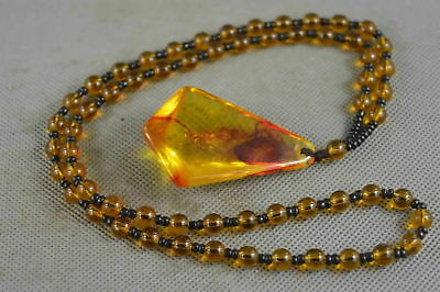 Collectable Handwork Amber Carve Bees Lucky Happiness Noble Auspcious Necklace