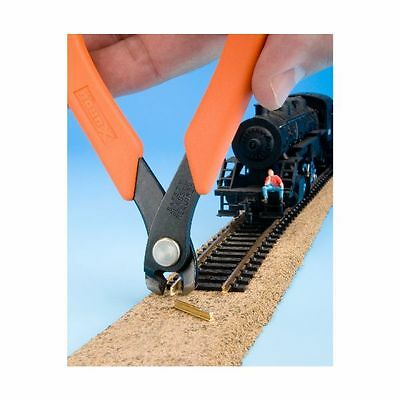 Xuron 2175M VERTICAL Track Cutter 90137 - HO N Z   MODELRRSUPPLY $5 Coupon Offer