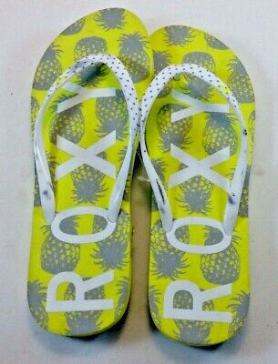 1c4c20a36ebfb4 Roxy Flip Flops Sandals Ladies Size 8 Yellow   Gray NWOT Rubber Casual Pool