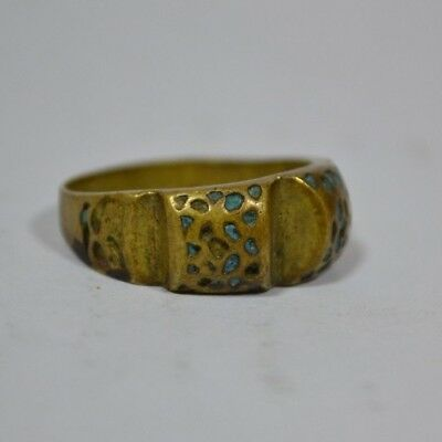 ** AMAZING ** Ancient ROMAN Legionary bronze ring -museum quality- !!