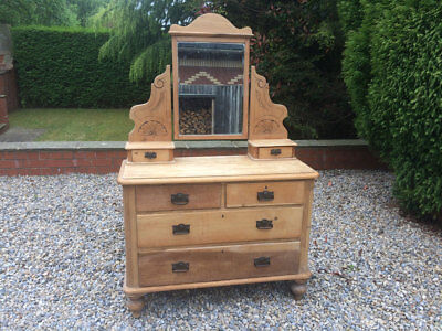 Pine Dressing Table with 6 Drawers and Tilting Mirror