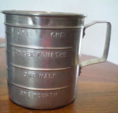 Vintage Aluminum Measuring Cup, 1 cup with Handle