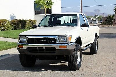 1990 Toyota Pickup 4x4 Ext Cab, Two Owner, California Original, NR California Orig, 1990 Toyota Pickup, 4x4, Two Owner, 100% Rust Free, No Reserve