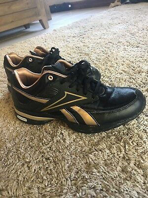 e8077b74797a31 Women s Reebok Easy Tone Smoothe Fit Black Athletic Fitness Toning Shoes Sz  7.5