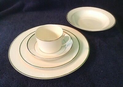 High Point By International Ivory Background 5 Pc Bone China Place Setting~Disc