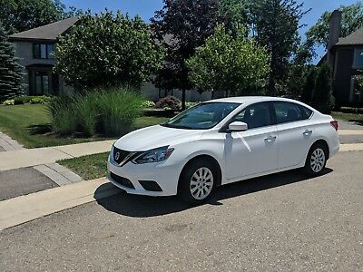 2018 Nissan Sentra S 2018 Nissan Sentra S only 2,200 miles!
