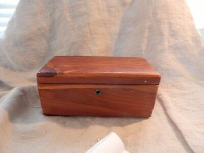 "Vintage Miniature Lane Cedar Chest (Salesman Sample?) 9"" x 4"" x 4"""