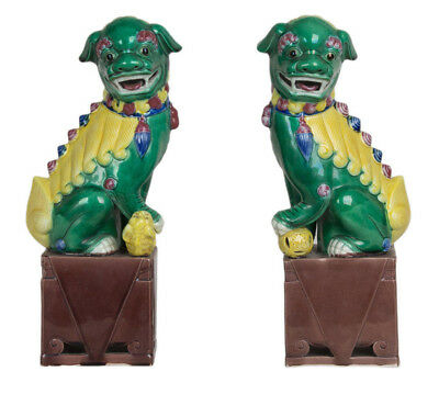 China 20. Jh. Große Löwen Pair of Chinese Porcelain Buddhist Lions Kangxi Style