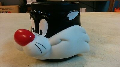 Vintage 1992 Sylvester The Cat Plastic Coffee Cup Mug