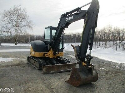 2011 John Deere 60D Hydraulic Excavator, Full Cab, Air, Heat, 1882 Hours
