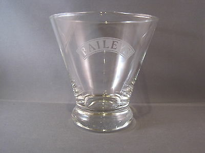 Baileys Irish Cream Liqueur Tapered Frosted Logo Glass (only 1) EUC