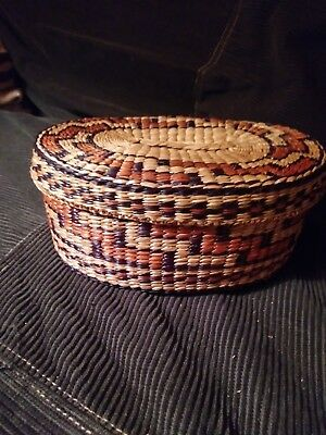 Small Native American Indian Basket With Lid