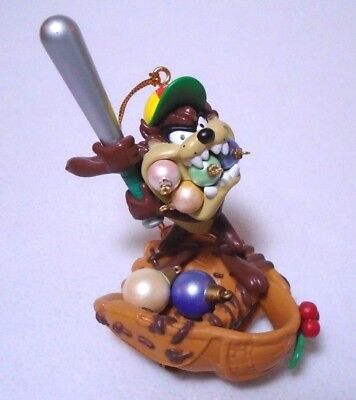 1996 Looney Tunes TAZ Baseball Christmas Ornament-Great Condition! 3.5 x 2.5Inch