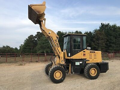 Wheel Loader 4x4. Only 250 Real Hours. Forks And Bucket!!!! Nice Machine!!!!