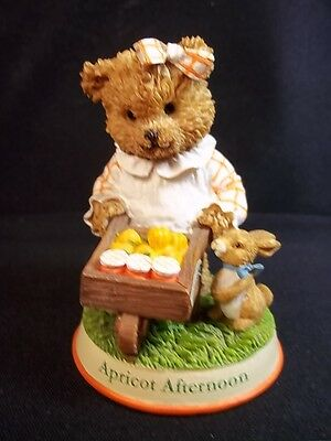 Smuckers Apricot Afternoon Ltd Ed figurine Berry Patch Bears 1999