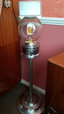 Vintage Ford Gumball Machine 1950's Excellent condition