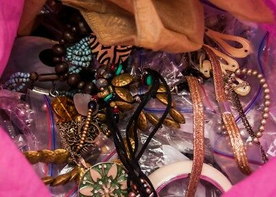 JOB LOT 4KG+ Mixed Bag of Costume Jewellery - Unsorted Jewelry Bundle #492