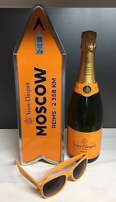 Veuve Clicquot Champagne Destination Arrow Tin Box MOSCOW Journey Street Sign