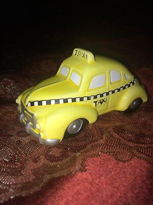 Vintage Department 56 Christmas 1987 Snow Village Yellow Taxi Cab Retired Dept.
