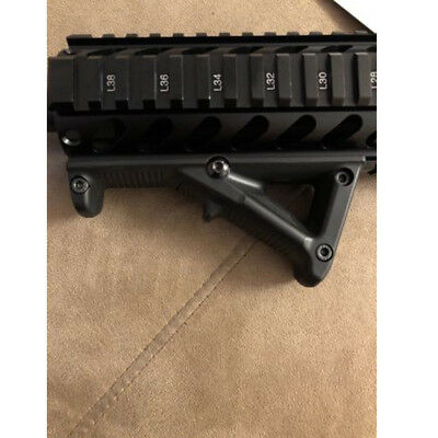 Triangled Frontgriff ForeGrip für Ares AMOEBA M4 M16 RIS Softair Airsoft