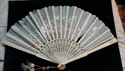 Old Antique Victorian Cantonese Chinese Fan Silk Embroidery Carved Bovine Bone