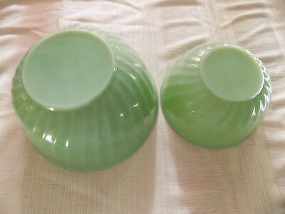 VINTAGE FIRE KING JADE-ITE JADITE SWIRL Green Glass 2 PIECE MIXING BOWL SET