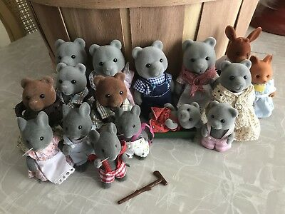 Vintage Sylvanian Calico Critter Huge Lot Of Families Complete with Clothes