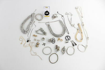 Lot of 30 x Vintage RHINESTONE Themed Mixed Costume Jewellery inc Faux Pearl