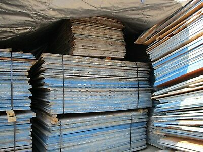 Various Sizes of Used Plywood Sheets