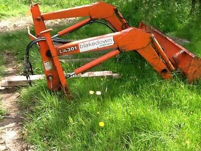 kubota front loader la301 will fit other tractors with apropriate brackets