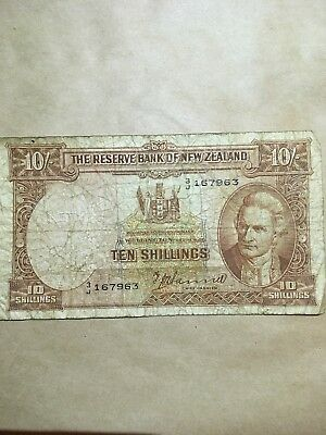 The Reserve Bank Of New Zealand 10 Shillings Banknote Foreign currency