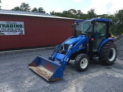 2016 New Holland Boomer 3050 4x4 Compact Tractor w/ Cab & Loader