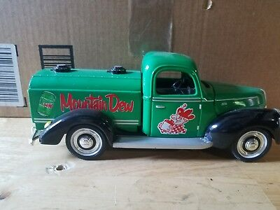 Golden Wheel Mountain Dew 1940 Ford Replica Delivery Truck Die Cast Metal NRFB