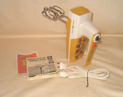 GE Variable Speed Portable Handheld Yellow Mixer 10 Speeds Dated 1974 With Box