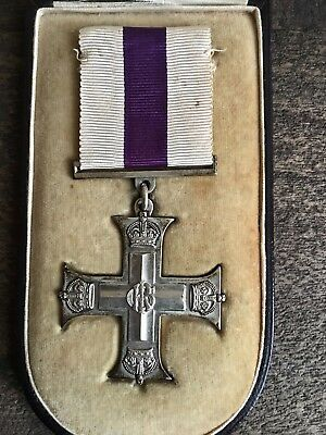 British WWl Cased Silver Full Size Military Cross Gallantry Medal